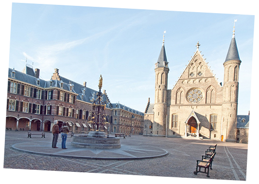 Guided Tours to the Knights Hall and Binnenhof in The Hague